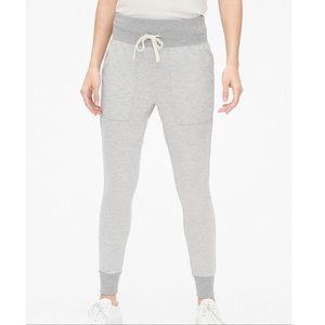 NWT Gap super soft terry legging joggers small
